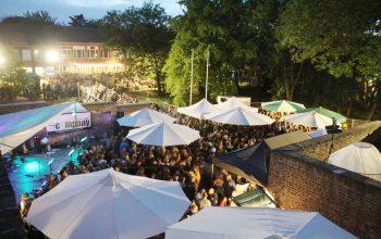 Vielfältiges Engagement: Das von großen Teilen der Hülser Bevölkerung besuchte Burgfest 2012 (Foto: HSV Sportverein)