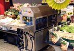 Die Spargel-Schäl-Maschine im Gahlingspfad-Markt (Foto: © EDEKA Kempken)