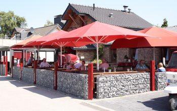 """Der Gasthof """"Neue Mühle"""" im ländlichen Gebiet zwischen Neukirchen-Vluyn und Kapellen"""