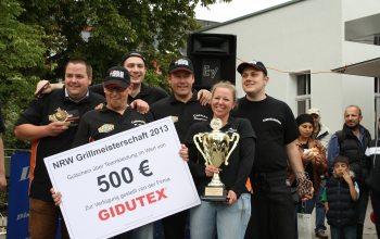 Die glücklichen Sieger (Foto: © EDEKA Kempken)