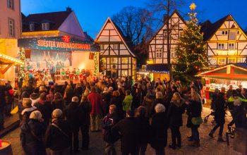 Soester Weihnachtsmarkt Bühne 2014 (Foto: © Gero Sliwa)
