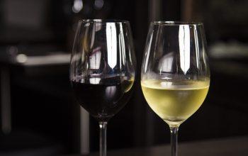 Rot- oder Weißwein? (Foto: © pixabay.de)