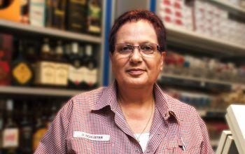 Frau Schuster arbeitet seit 14 Jahren bei Edeka Kempken. (Foto: © EDEKA Kempken)