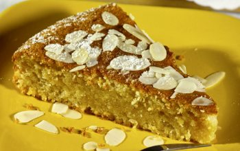 Spanischer Madenl-Orangen-Kuchen (Foto: ©Alfred Nesswetha/Fotolia)