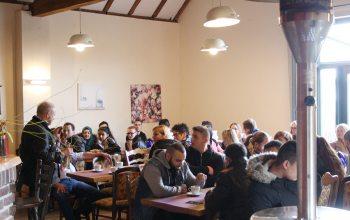 gemeinsames Spargelessen (Foto: © EDEKA Kempken)